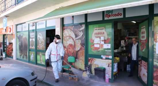 Ações de desinfeção diariamente e em todas as freguesias