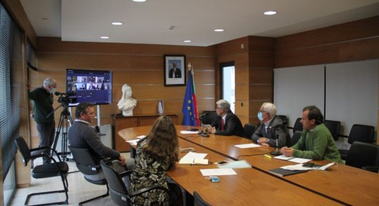 """Reunião de trabalho do grupo """"Shrines of Europe"""""""