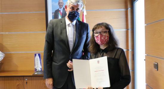 Câmara aprova voto de reconhecimento a Daniela Flores