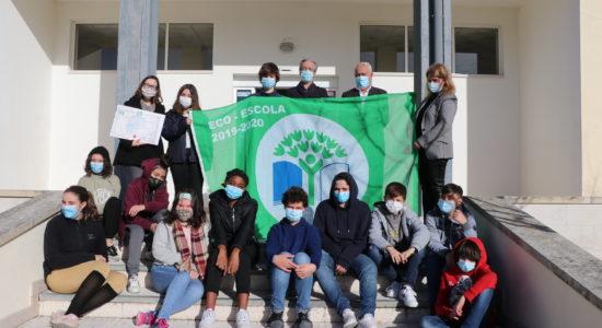 Bandeira Eco-Escolas volta a ser hasteada em 7 estabelecimentos de ensino concelhios